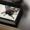 玄関の鍵置き場に。おしゃれなトレー・マグネットフックの人気通販サイト集
