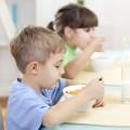 子ども用のお食事クッションの人気ブランド。おすすめ通販サイト集