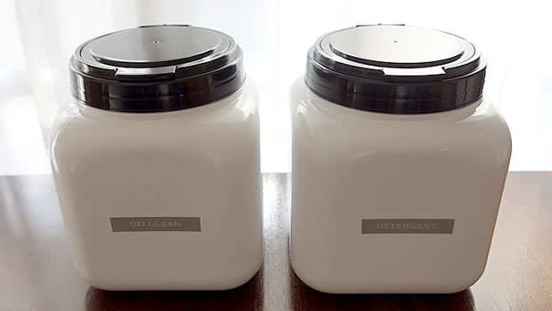 おしゃれな粉洗剤の保存容器の写真