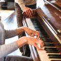 おしゃれなピアノカバーや椅子カバーが人気。おすすめ通販サイト集